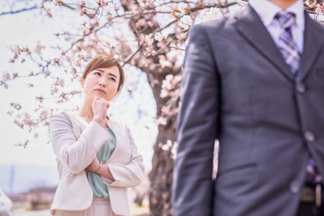 「妻とは別れる」不倫男の常套文句なぜ女性は信じてしまうのか?